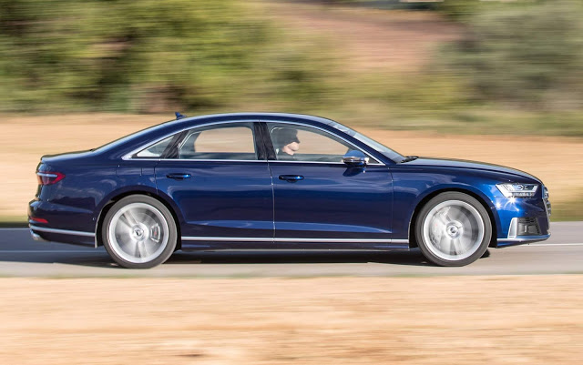 Novo Audi S8 2020 combina luxo e performance esportiva